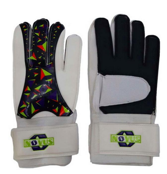 Перчатки вратарские футбольные Novus NFG-02, бел.-черн