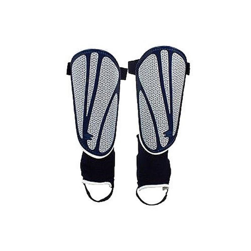 Щитки футбольные Umbro Neo Shield Guard W/Sock 20503U (CID) т.син/бел/син. щитки футбольные umbro veloce slip 20813u exv р m