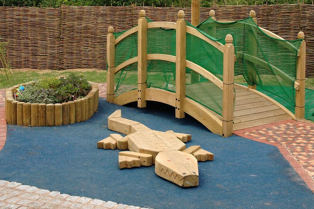 Купить Детский игровой элемент Hercules Крокодил 32641,