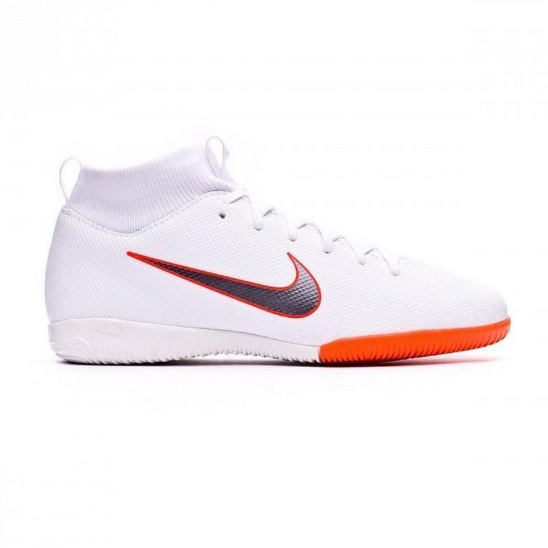 Бутсы футзальные детские Nike Superflyx VI Academy Gs Ic Ah7343-107 Jr, белые