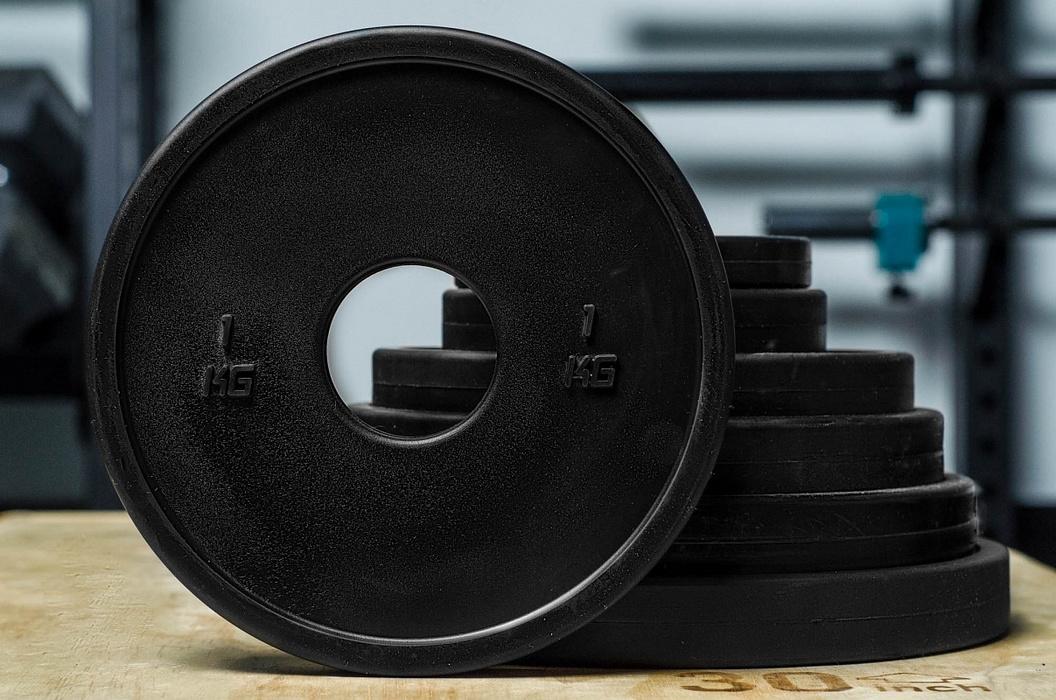 Диск 0,5кг YouSteel каучуковый, тренировочный, черный,  - купить со скидкой