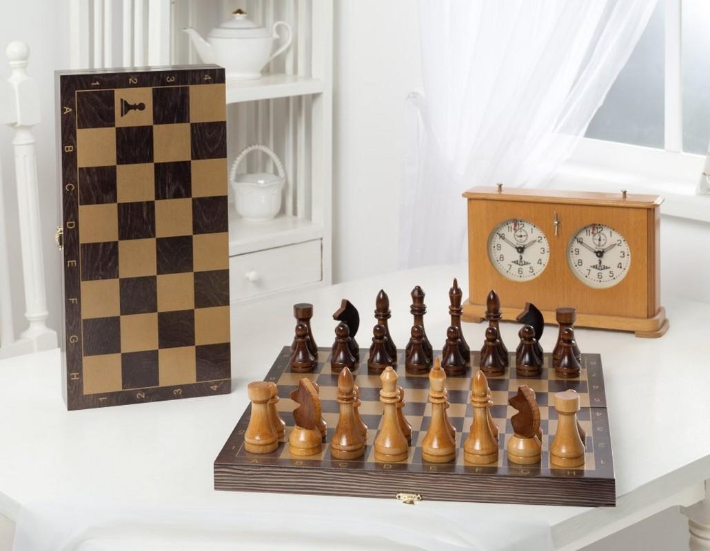 Купить Шахматы гроссмейстерские деревянные с венге доской, рисунок золото 196-18, NoBrand