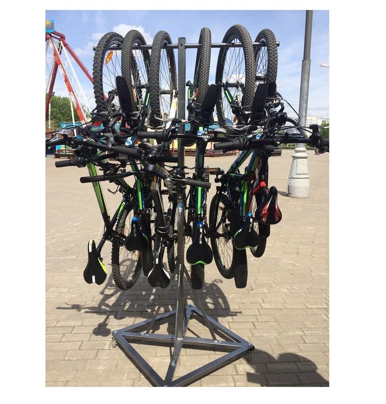 Купить Система для хранения велосипедов на 6 мест мобильная Hercules 2956,