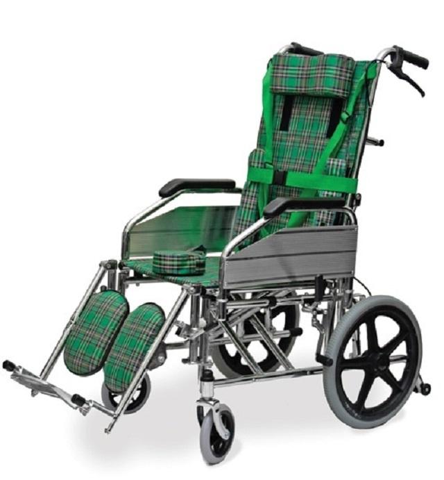 Кресло-каталка инвалидная Titan Deutschland Gmbh подростковая для ДЦП 40 см LY-800-957