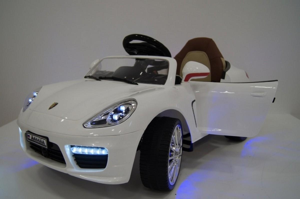 Купить Электромобиль River-Toys Porsche Panamera А444АА (кожа) белый, Детские электромобили