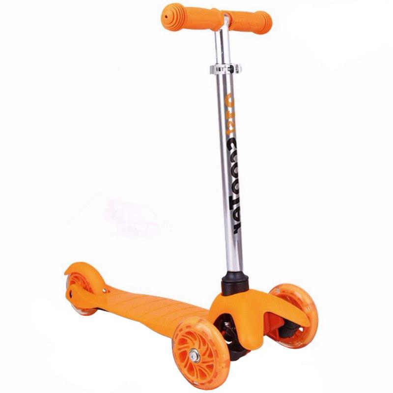 Купить Самокат 3-х колесный Scooter F18397 (оранжевый),