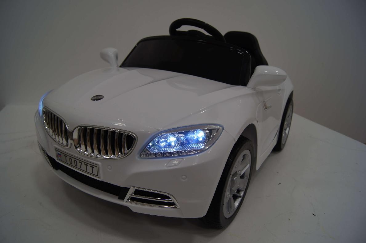Детский электромобиль River-Toys BMW T004TT белый с ДУ