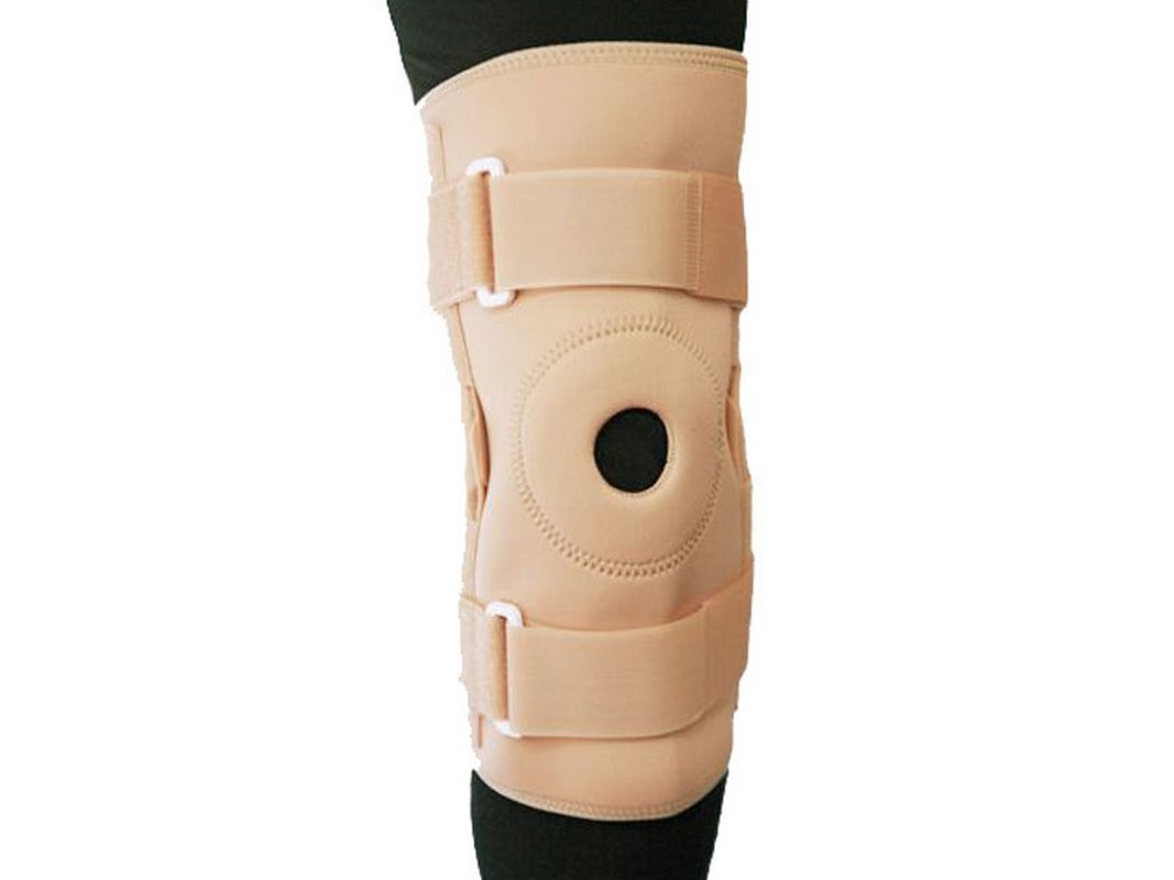 Бандаж на коленный сустав фиксирующий с шарниром, с ребрами жесткости и отверстием Titan Deutschland GmbH BGRO C1KN-301
