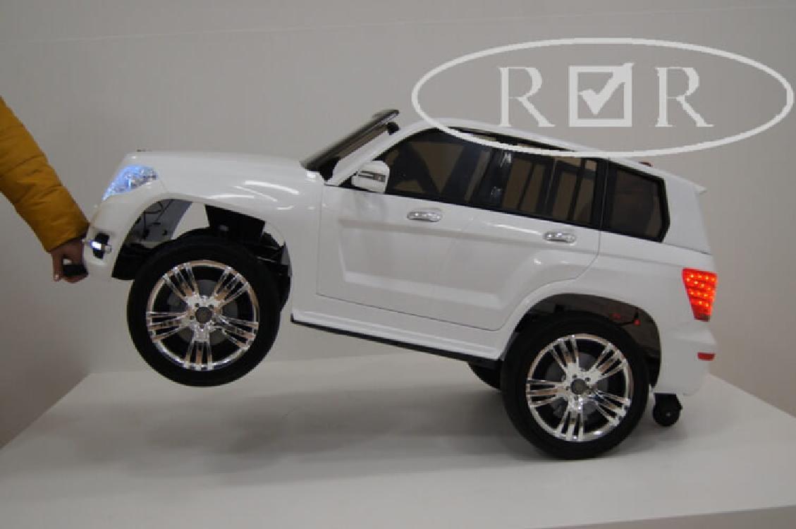 Электромобиль River-Toys Mercedes-Benz GLK300 белый с ДУ (лицензия)