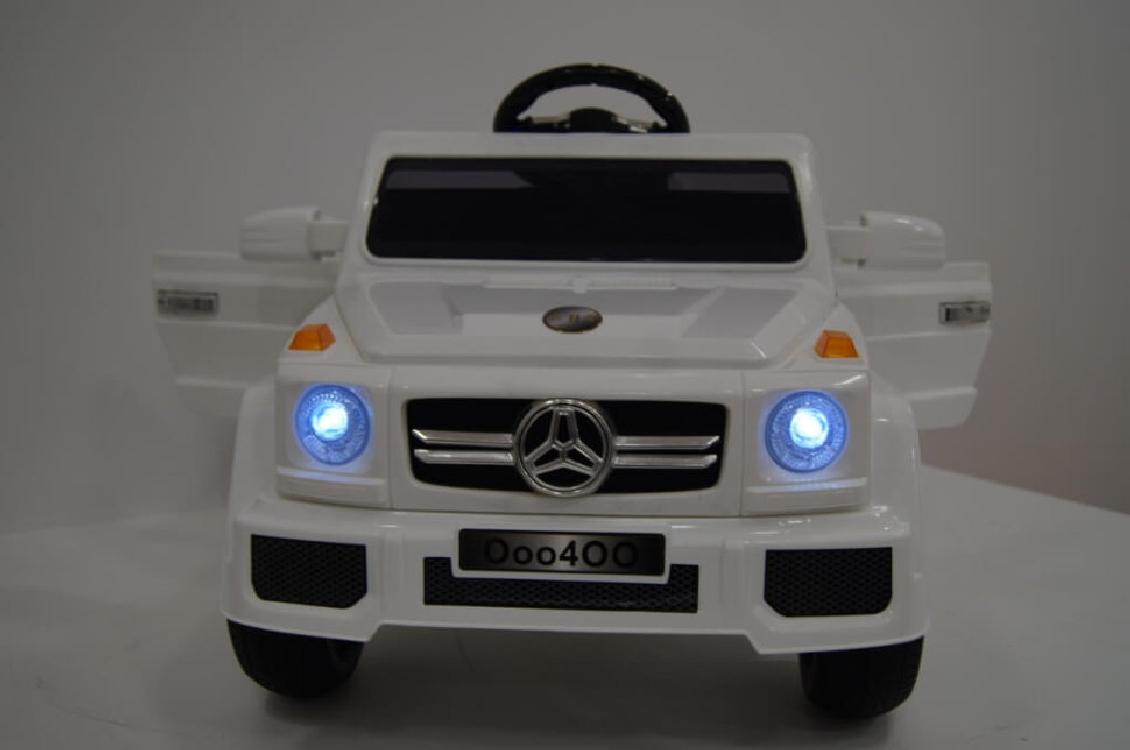 Электромобиль River-Toys Mercedes O004OO-VIP белый с ДУ (лицензия)