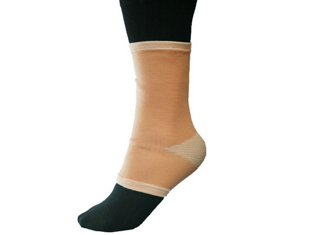 Бандаж на голеностопный сустав эластичный Titan Deutschland GmbH BFE C1ELS-101 бандаж на голеностопный сустав регулируемый меd w 347