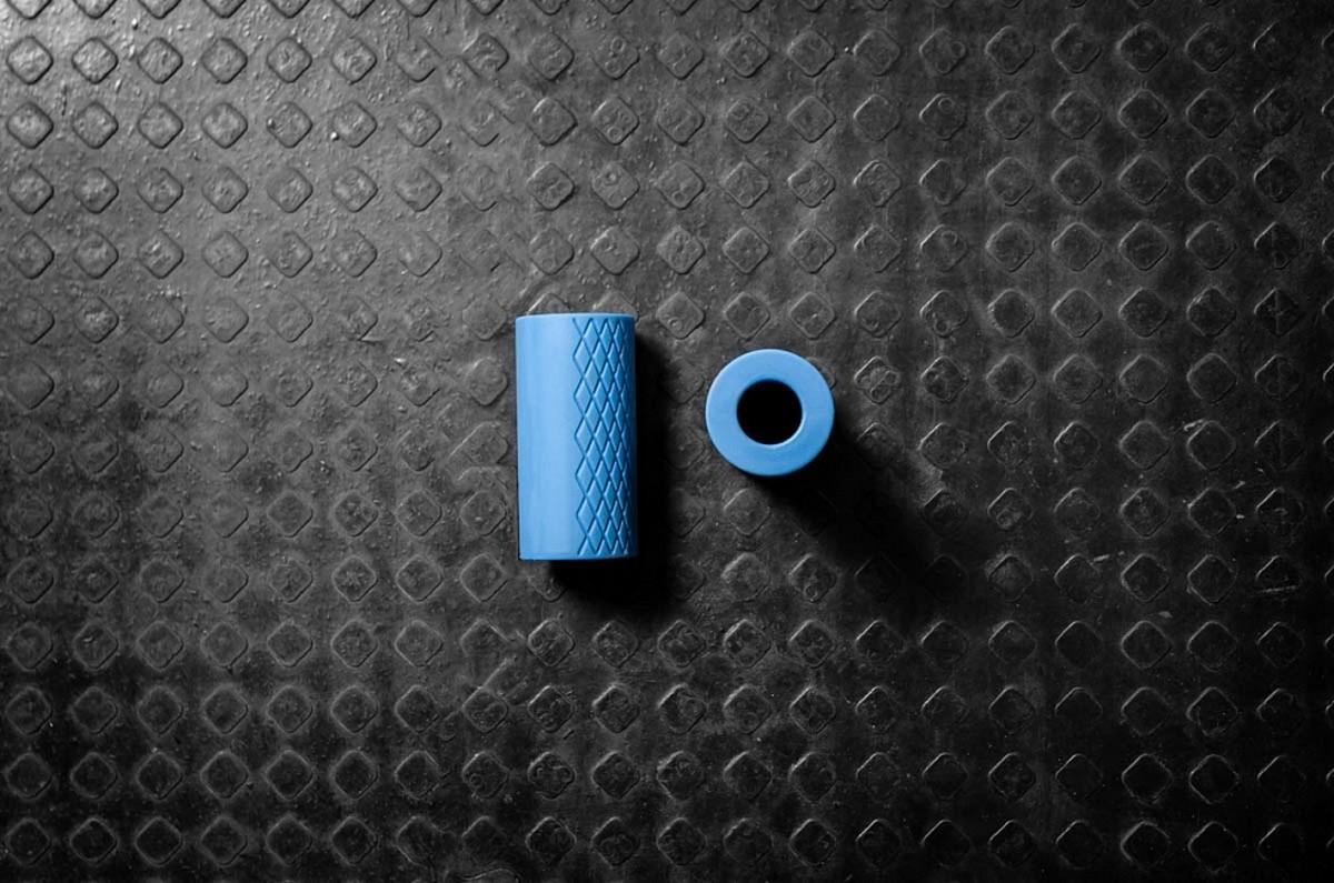 Расширитель диаметра ручки грифа YouSteel Fat Gripz, D50мм, длина 100 мм, (пара) от Дом Спорта