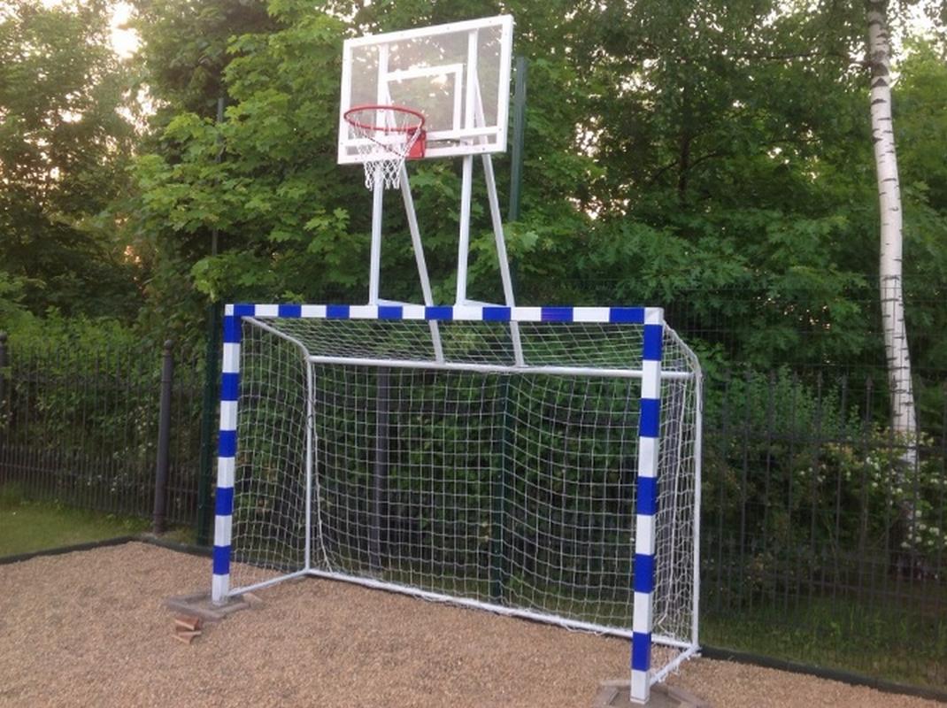 Баскетбольная стойка с воротами, щит из оргстекла Glav 02.116