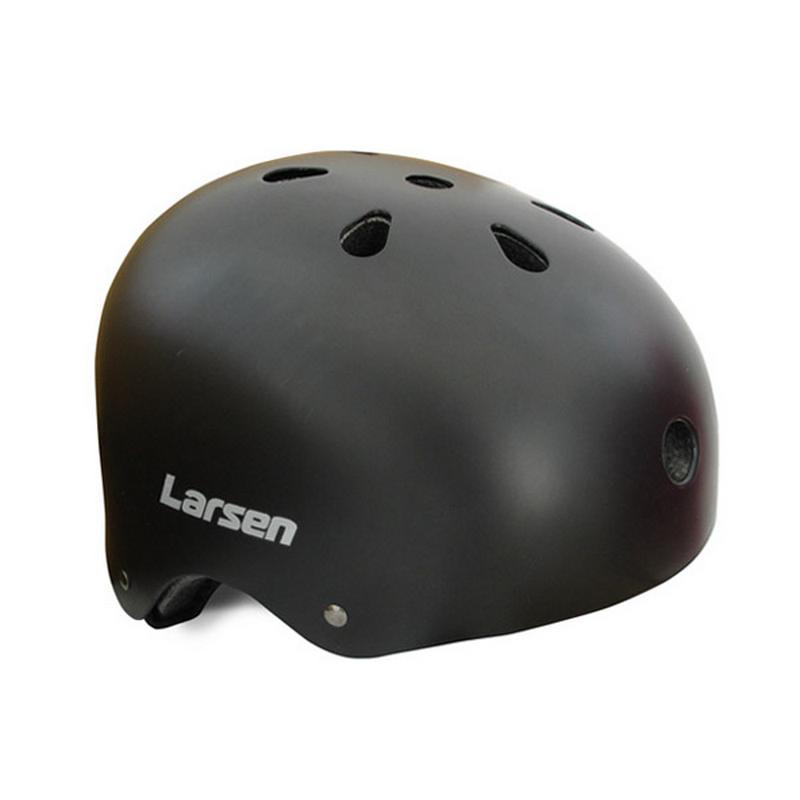 Шлем роликовый Larsen Special (H4) черный шлем роликовый larsen h1flower